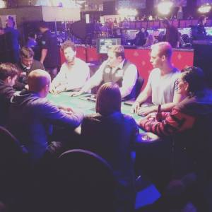 Scotty Nguyen (r) at the $1,500 H.O.R.S.E. Final Table